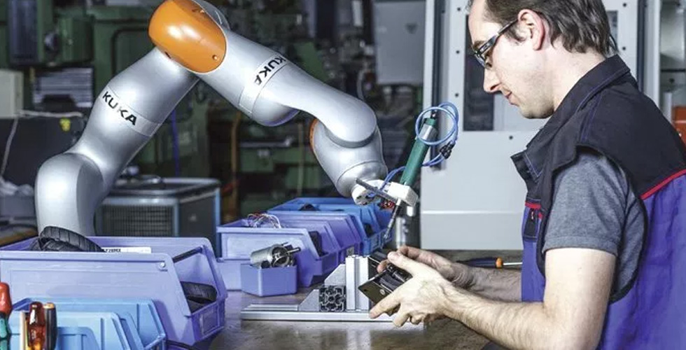 Collaborative Robots – the Future 'Helping Hand'