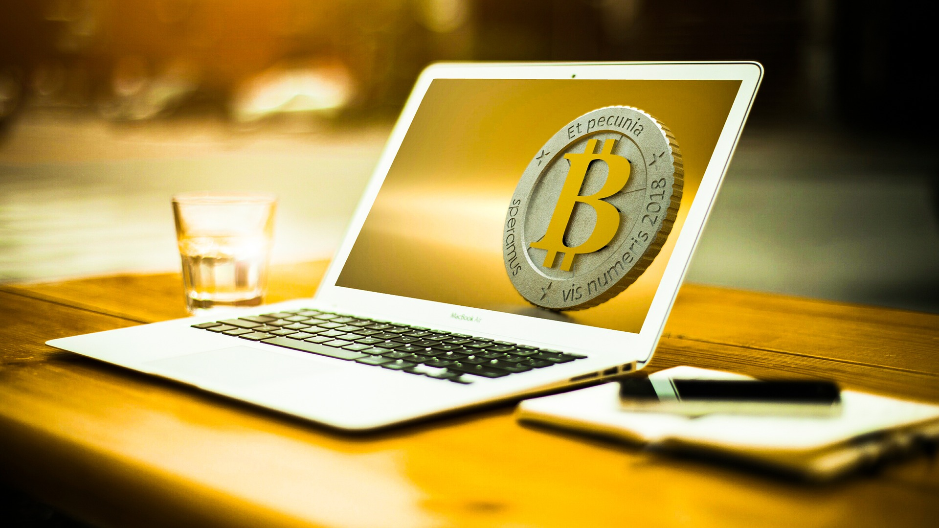 Why Bitcoin Values Fluctuate So Much?