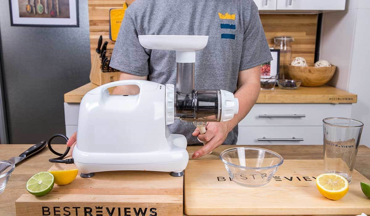 The Difference Between Masticating Juicers, Citrus Juicers, And Centrifugal Juicers