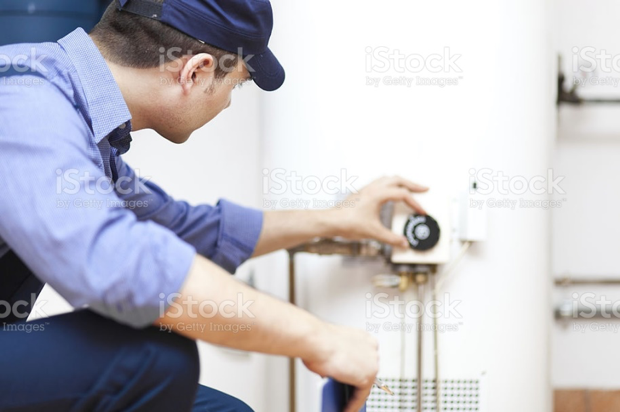 4 Tips on How to Troubleshoot a Broken Water Heater