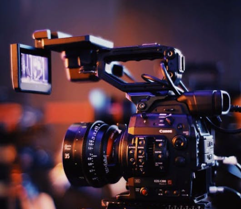 Why We Love Online Video Maker (And You Should, Too!)