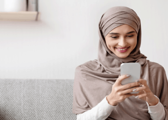 7 Mobile Apps Every Muslim Needs to Download Now