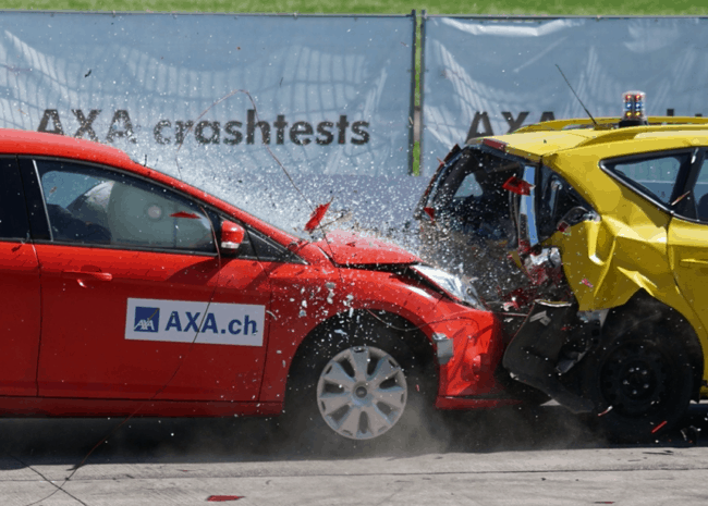 Essential Things to Know When Choosing a Collision Center in Arizona