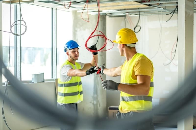 Skills To Make You A Successful Commercial Electrician In No Time