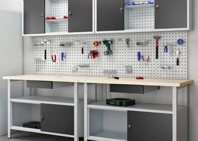 Types of Industrial Work Benches You Can Buy Online