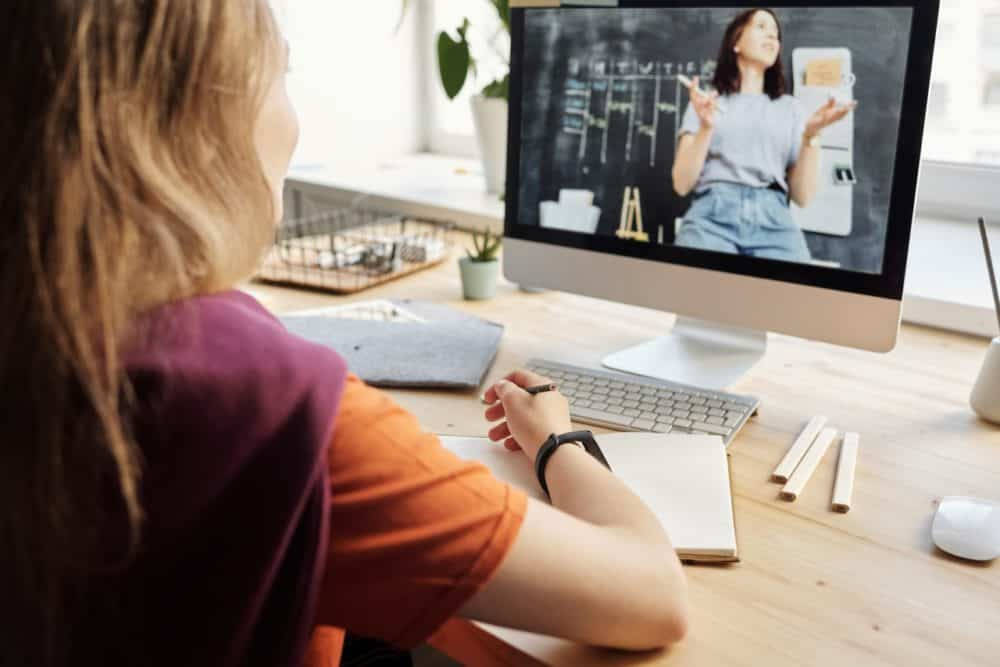 10 Reasons Why Video Is Better Than Any Other Medium For Learning