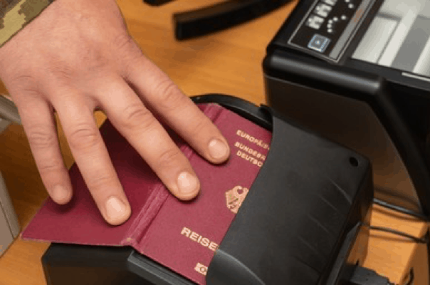 5 Reasons Mobile Passport and ID Scanning Improves Business